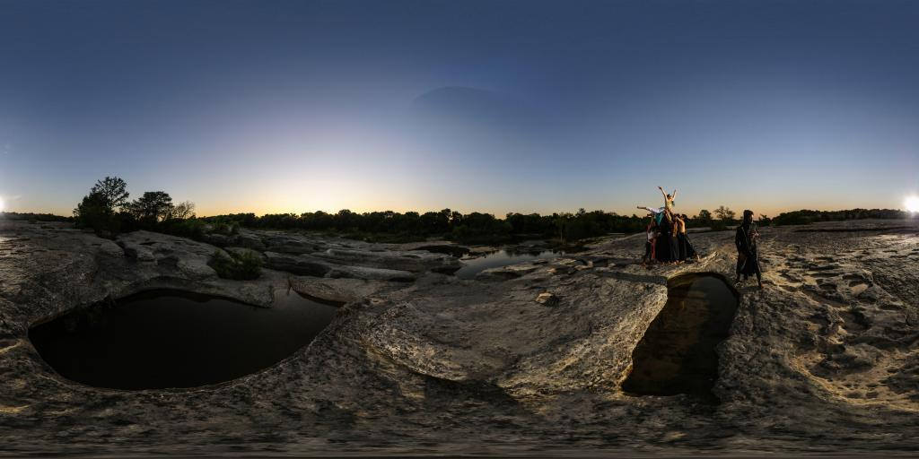 360 panoramic photography of Red Nightfall Productions Crone cast.